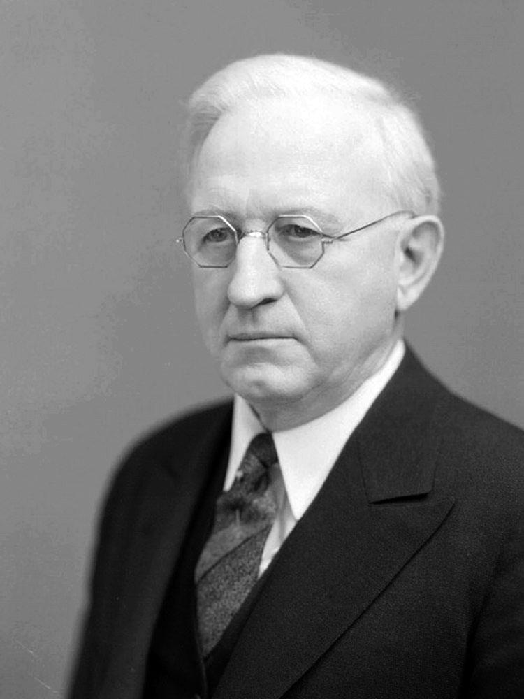 Portrait of Edgar Albert Burnett, 3/4 profile
