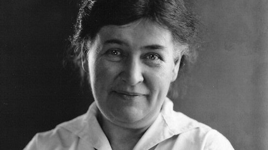 an analysis of nebraskas most noted author willa sibert cather Willa sibert cather was an american writer who achieved recognition for her  novels of frontier  like jim burden in my antonia, the young willa cather saw  the nebraska  an author who had a great influence on cather, most of cather's  major  resting places: the burial sites of more than 14,000 famous persons, .