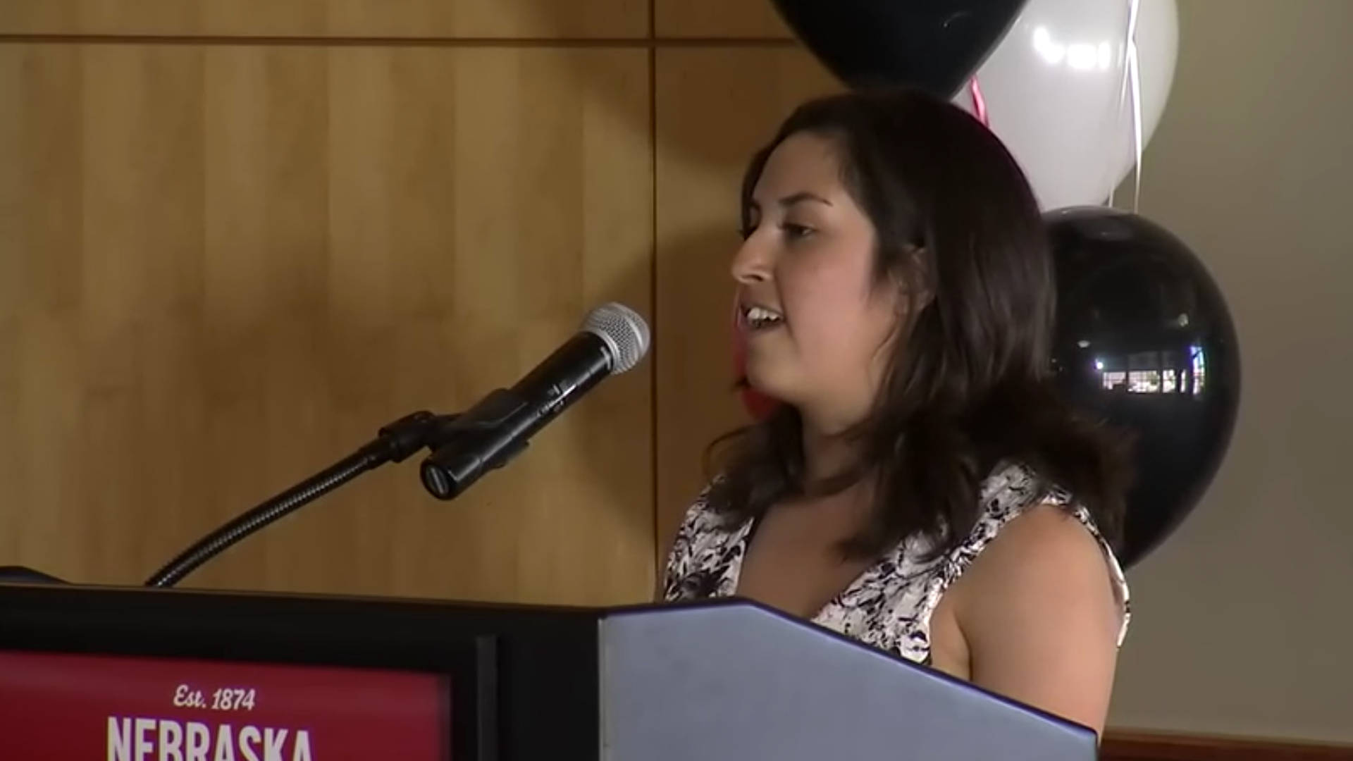 """Fill it with everything you want to say"" - Jessica Vazquez shares senior reflection"
