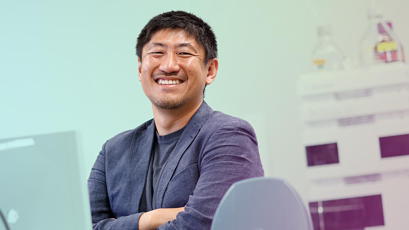 Toshihiro Obata